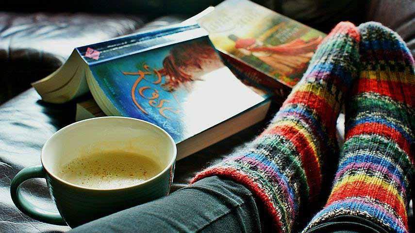 Мокрые носки помогут вам справиться с простудой