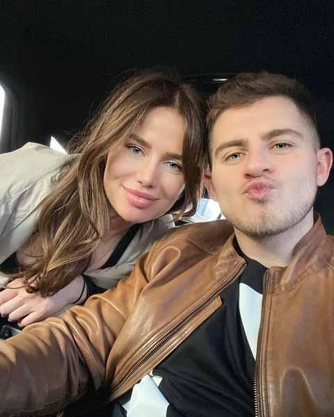 Алекса и Вячеслав уже живут вместе