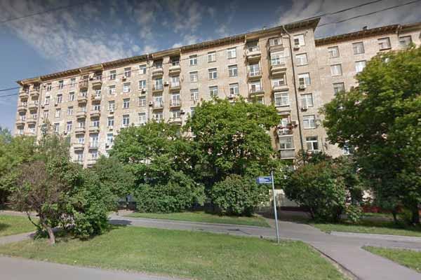 В этом доме находятся арестованные вещи Жигунова.