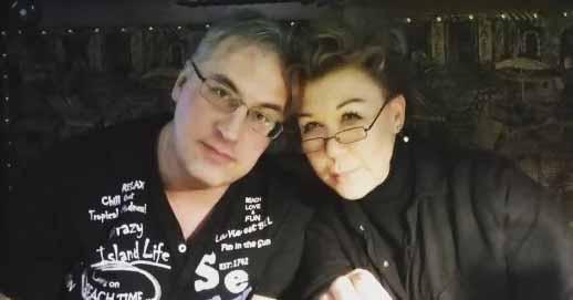Андрей Норкин разместил фото с похорон своей жены