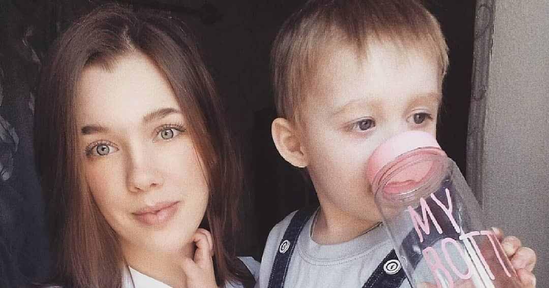 «Когда у сына случается приступ, мы видим злые взгляды других»: в жизни ребенка диагностирован аутизм