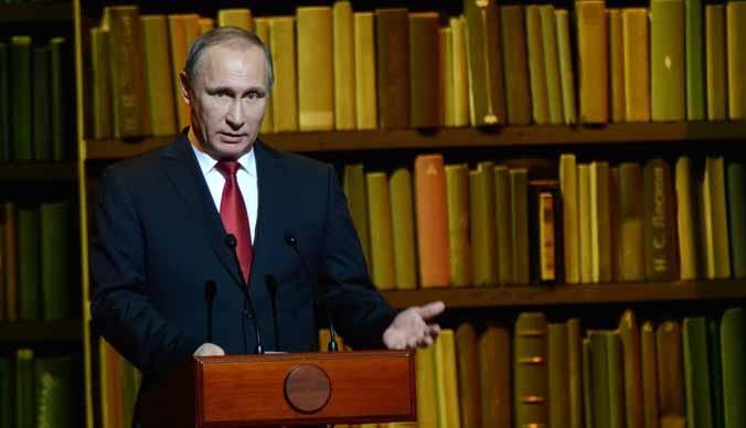 Владимир Путин призвал чиновников пока не искать замену