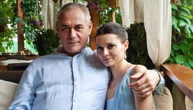 Вдова Сергея Доренко: «Я плачу, когда никто не видит, и очень скучаю по тебе»