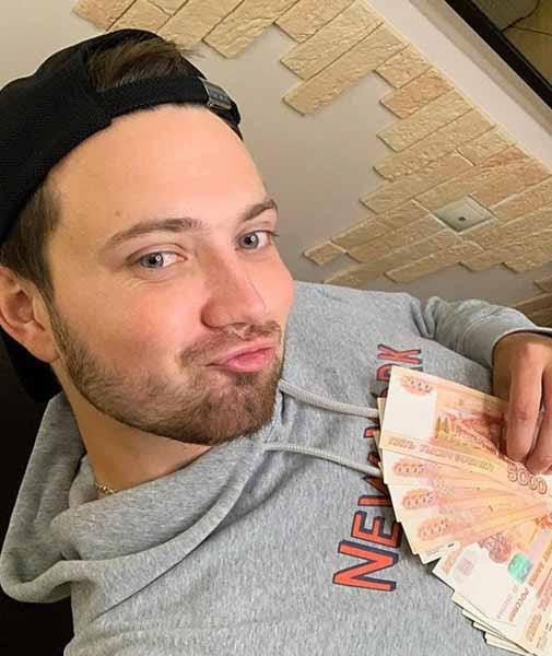 Актер Влад Черных стал новой возлюбленной Диденко