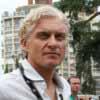 Олег Тиньков показал, как забирают костный мозг
