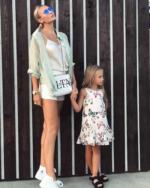 Элина Камирен и дочь Саша