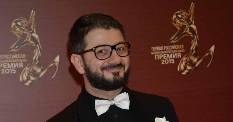 Михаил Галустян провел экскурсию по фешенебельным усадьбам Сочи