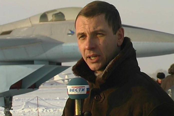 В 90-е Самолетов уже работал спецкором Вестей.