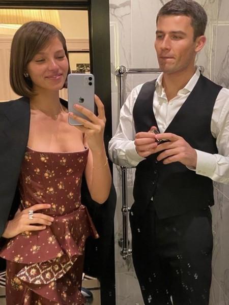 Модель состоит в отношениях с бывшим женихом Светланы Ходченковой.