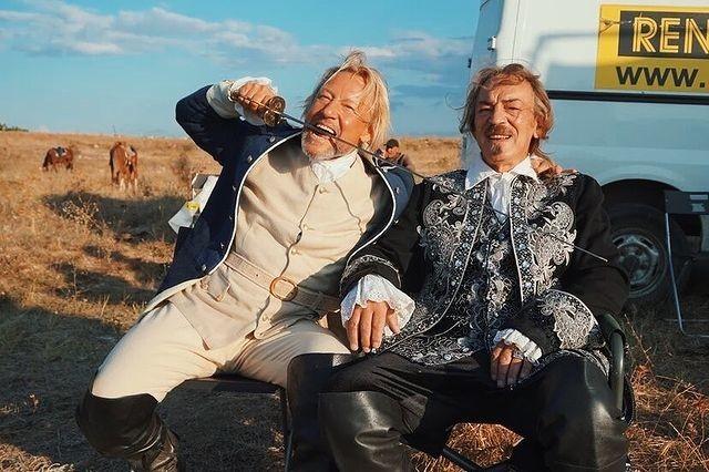 Харатьян и Боярский сыграли в новой роли