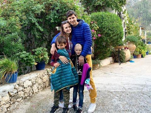 Рита Агибалова уже два года живет с семьей на Кипре.