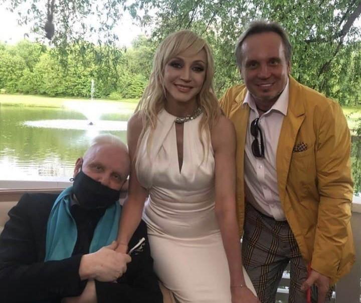 Борис Моисеев и Сергей Горох пришли поздравить Кристину Орбакайте с юбилеем