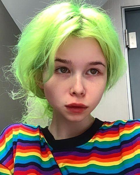 Дочь Вячеслава Ксения постоянно меняет образы