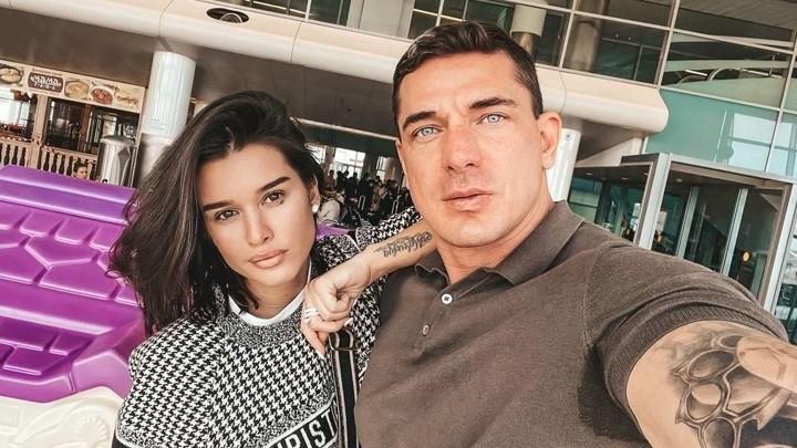 Ксения развелась с Курбаном Омаровым, которому подарила дочь