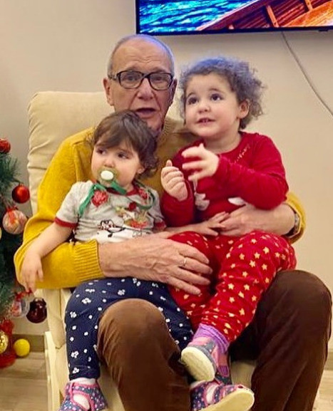 Эммануэль Виторган с дочерьми Этель и Кларой